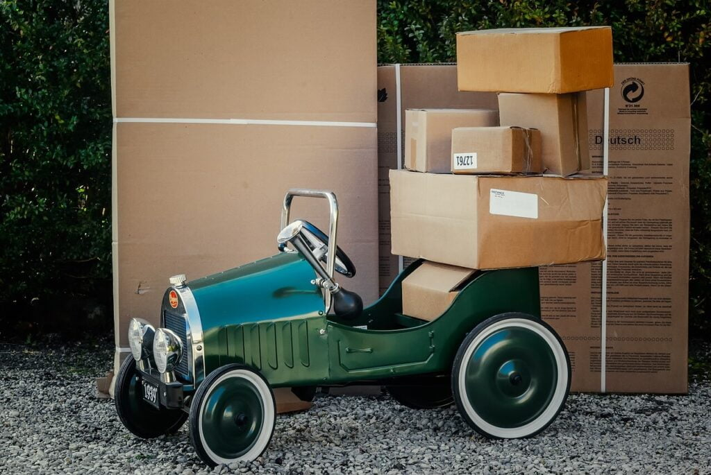 lots  of package on the green car